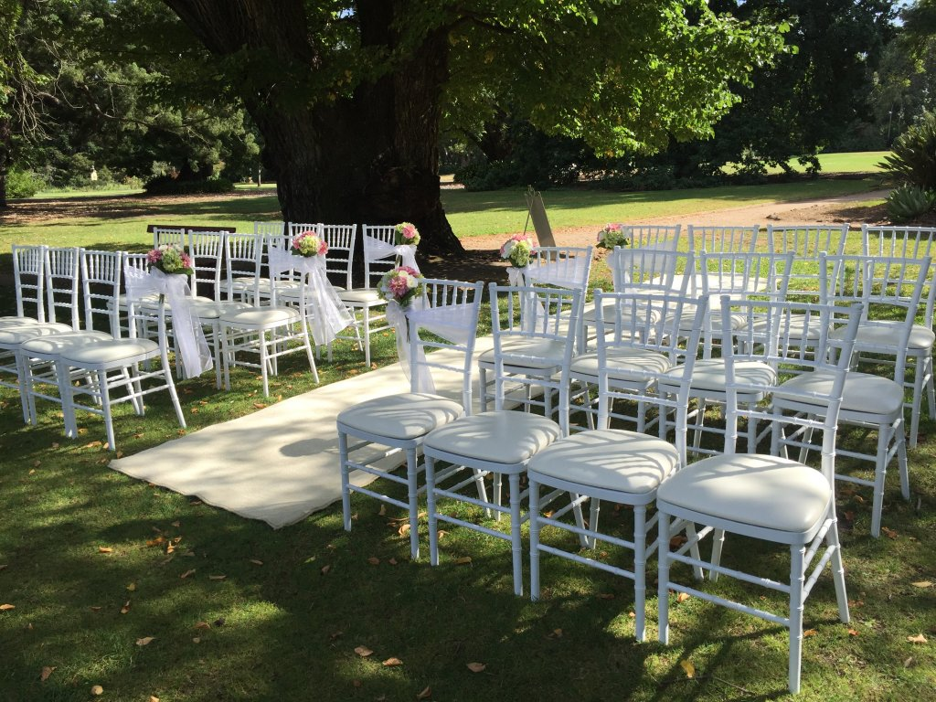 tiffany chairs weddings of distinction. Black Bedroom Furniture Sets. Home Design Ideas